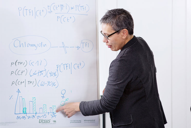 Study program, Prof. Nicola Low on whiteboard teaching